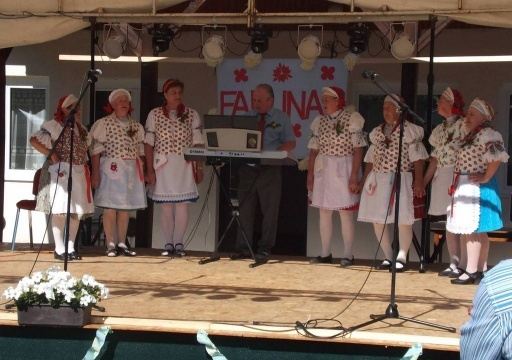 Dalkörünk a Nógrádmarcali Falunap műsorát szinesítette.