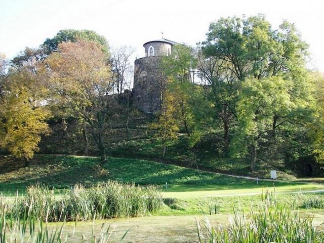 Szécsényi vár és -kert