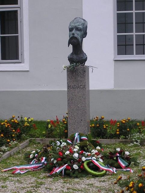 A Madách Imre Emléknapon Csesztvén 2015.10.09-én