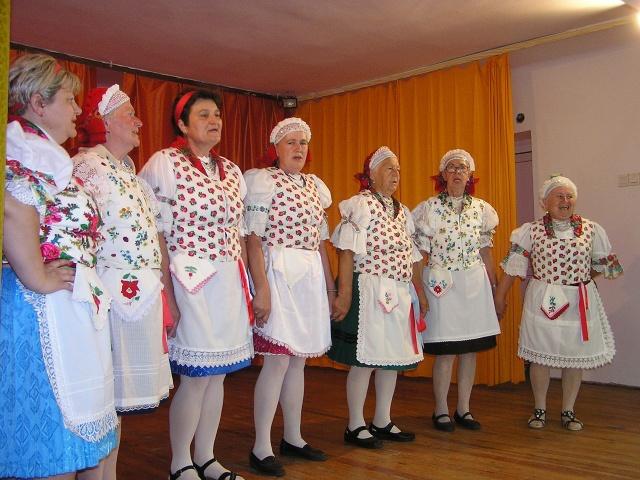 A Dalkör fellépése Benedekék csesztvei családi ünnepségén 2016.07.09.